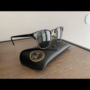 Rayban Clubman Sunglasses Black
